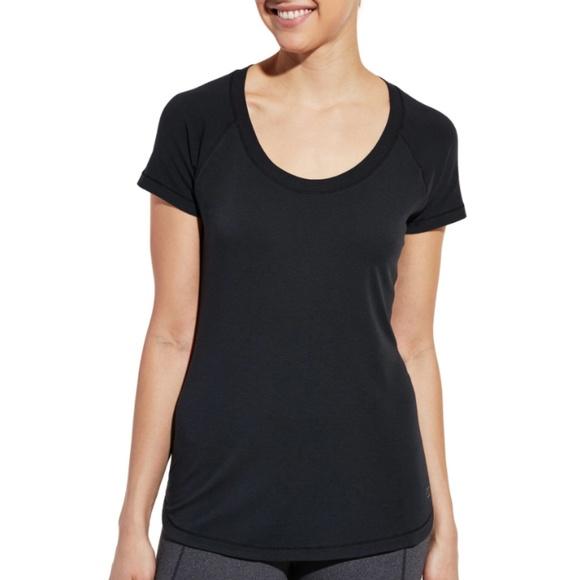 6ebea644b21b ... T-Shirt Black M. CALIA by Carrie Underwood. M_5cc90ed98d6f1ac48f1e5f76.  M_5cc90ed919c157a5302dced5. M_5cc90ed92f4831298bf83371